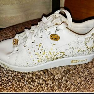 Red by Marc Ecko Gold/White Leather Sneakers